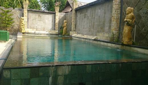NIDA Rooms Lombok Senggigi Comfort Lombok - Pool