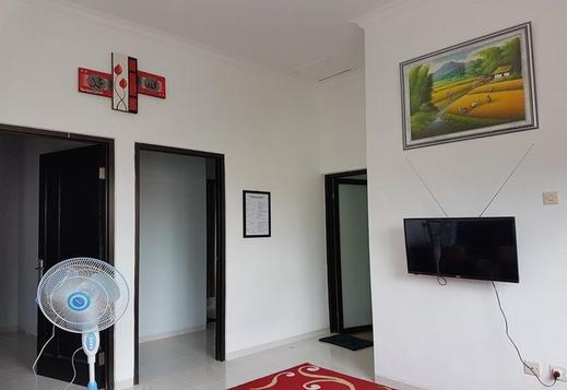 Villa Zalazi Syariah - 4 Bedrooms Malang - Interior