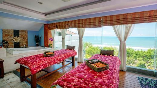 Wyndham Garden Kuta Beach Bali Bali - Massage