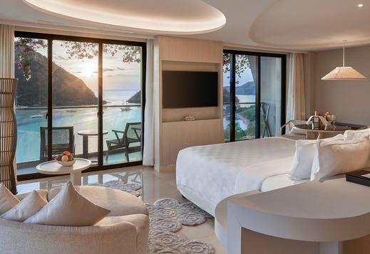 AYANA Komodo Resort, Waecicu Beach - Bedroom - Full Ocean View Suite