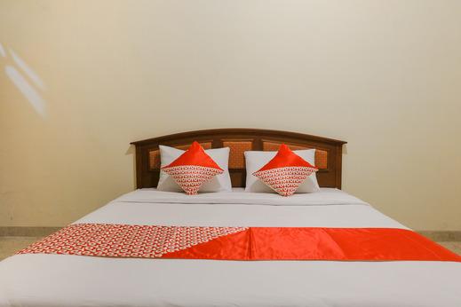 OYO 2733 Omah Cimbar Family Residence Malang - Bedroom
