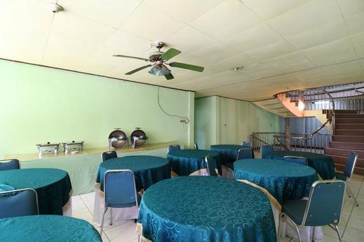 Airy Eco Syariah HM Bafadhal Sungai Asam Jambi - Restaurant