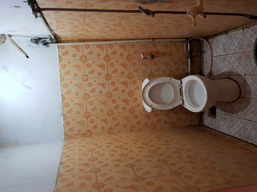 Hotel Alifah 1 Tangerang - kamar mandi