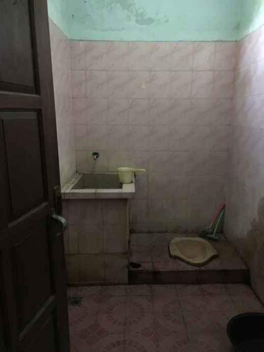 Pak Pur Homestay Yogyakarta - Bathroom