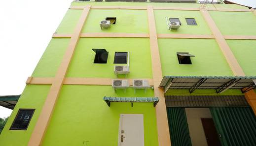 ZEN Rooms Nagoya Seraya Mas Center Batam - Eksterior
