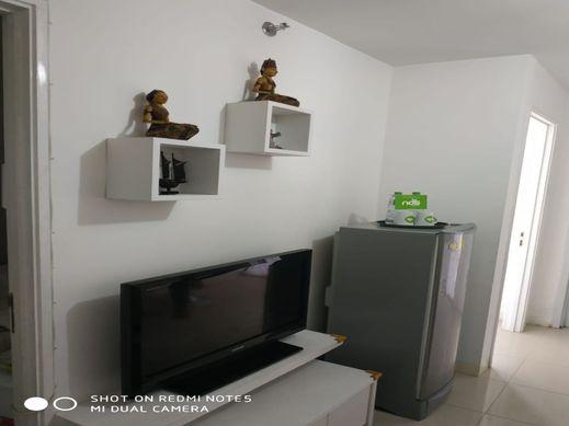 Nos Room at Basurra City Jakarta - Ruang Tengah
