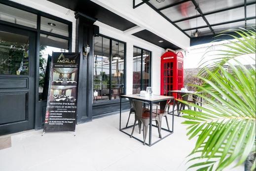 RedDoorz Plus @ Jalan Raden Intan Lampung Bandar Lampung - Eksterior