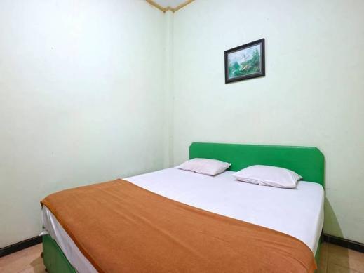 Camelia Hotel Malang - kamar Standard