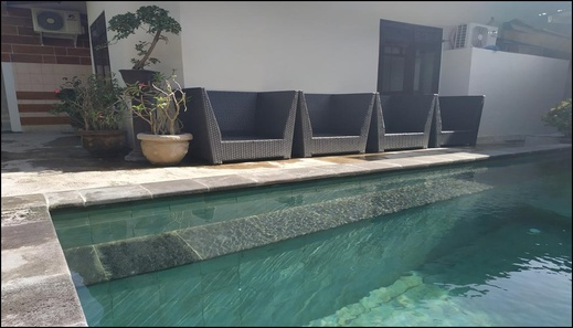 Hostel Rai Dormitory Bali - pool