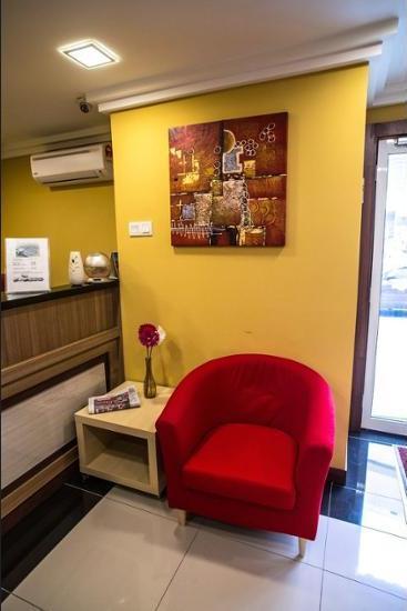 OYO 615 Dragon Inn Premium Hotel Kuala Lumpur - Lobby Sitting Area