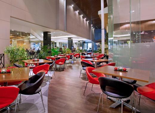 Ibis Bandung Trans Studio Bandung - Restaurant