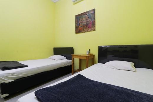 Hotel Surabaya Jaya Bandara Soetta Tangerang - Double Room