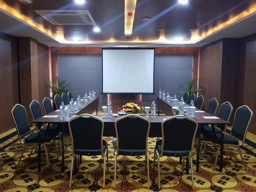 eL Hotel Royale Yogyakarta Malioboro Jogja - Meeting Room
