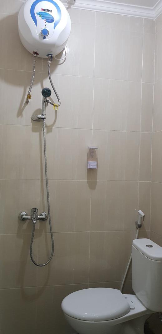 Crystal Inn Pasuruan Pasuruan - Bathroom