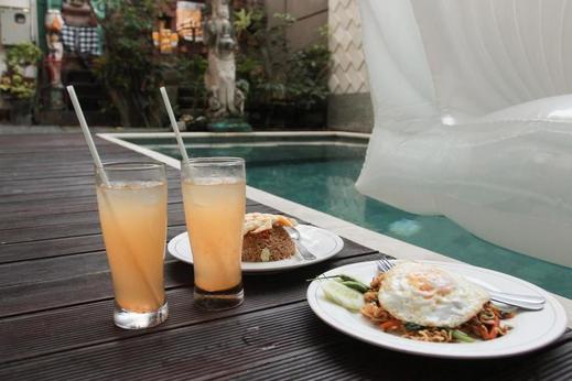 Antara Sunset Road Bali - Meal