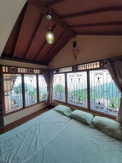 Villa Shoeny Sumedang - Bed