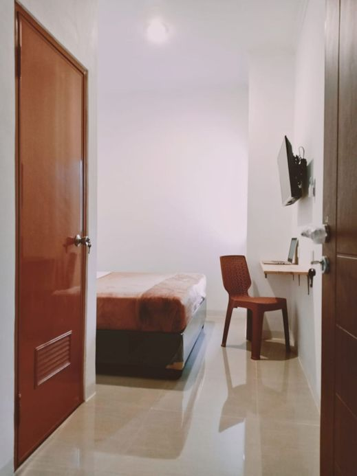 NYENYAK MRT Lebak Bulus I Simatupang Jakarta - Bedroom