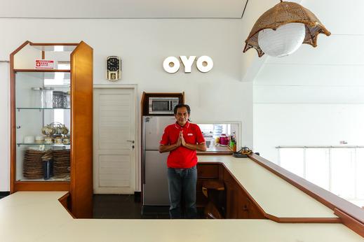 OYO 610 Cisitu Valley Villa Syariah Bandung - reception