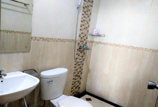 Hotel Jakarta Balikpapan - Bathroom