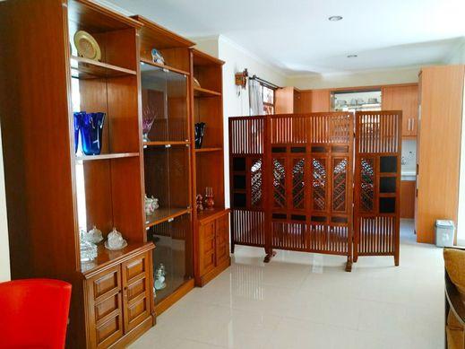 Rumah Tamu Ciumbuleuit Bandung - Family Room