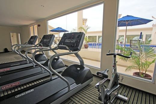 Harmoni One Convention Hotel Batam - Fitness Facility