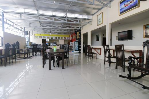 Airy Pasteur Dangdeur Indah Dua 15 Bandung Bandung - Restaurant