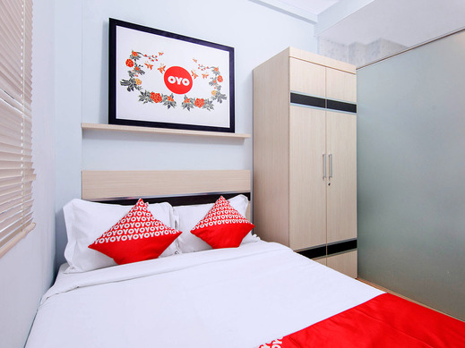 OYO 1177 WBS Residence Medan - Bedroom