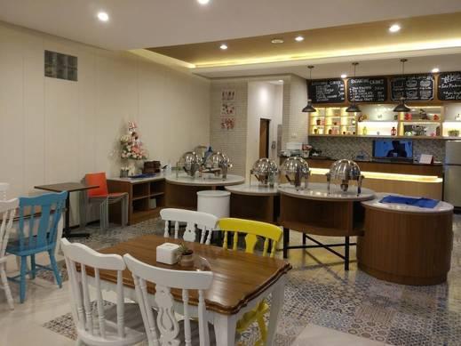 HOTEL BESAR Banyumas - Cafe