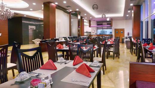 Quest Hotel Darmo Surabaya - Crystal Cafe