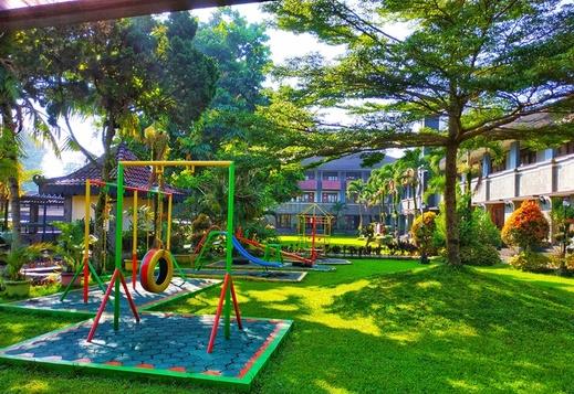 Hotel Bahtera Puncak - Playground