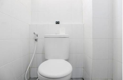 Kemang View Apartment by Kamara Rooms Bekasi - Bathroom