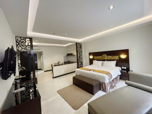 Batam Harbour Boutique Hotel & Spa Batam - Deluxe King with Kitchenette
