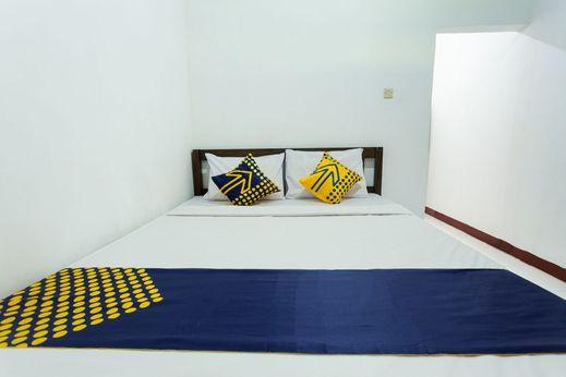 SPOT ON 1879 Lendang Homestay Lombok - Bedroom