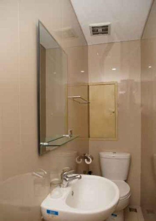 Residence 38-39 Jakarta - Bathroom