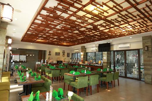 Loji Hotel Solo - Restaurant New