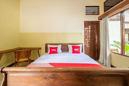 OYO 951 Cempaka Ratu Beach Resort Sukabumi - Bedroom