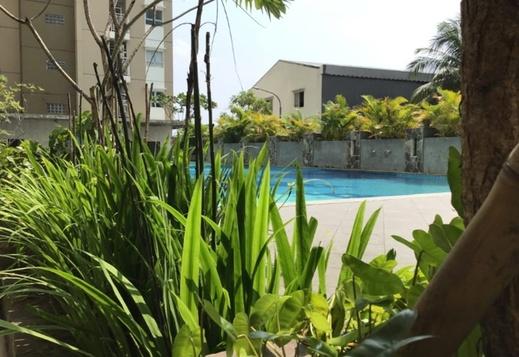 Apartemen Casablanca East Residence Jakarta - Pool