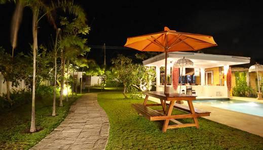Premier Surf Camp Bali - (Hi-09/Dec/2013)