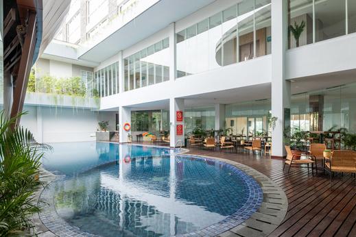 Sunerra Antero Hotel Jababeka Bekasi - Photo