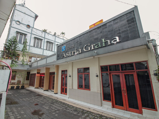 Hotel Astria Graha Bandung - Facade