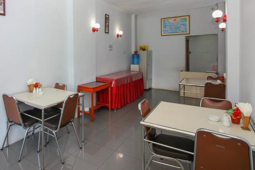 Airy Eco Wajo Bonerate 26A Makassar Makassar - Restaurant