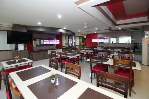 Airy Ahmad Yani Bunyamin Permai 3 Banjarmasin - Restaurant