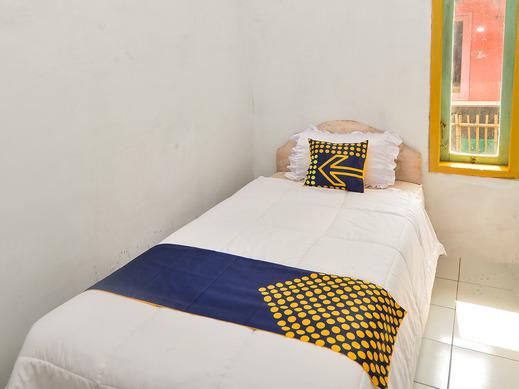 SPOT ON 2488 Villa Tirta Melati Syariah Ciamis - Standard Single Room