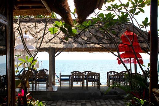 Beachouse Lovina Bali - Facilities