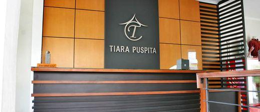 Tiara Puspita Hotel Solo - lobby
