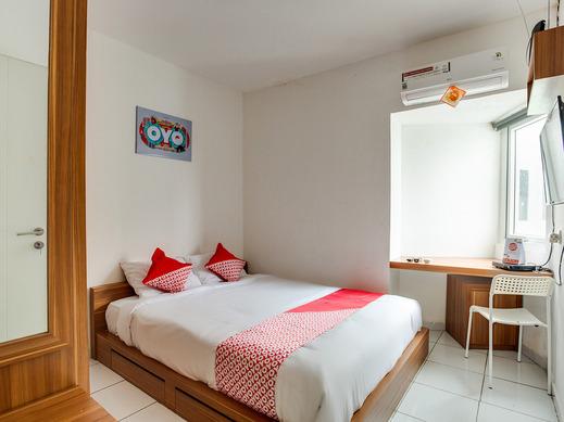 OYO 3247 Afira Rooms Aeropolis Tangerang - Bedroom