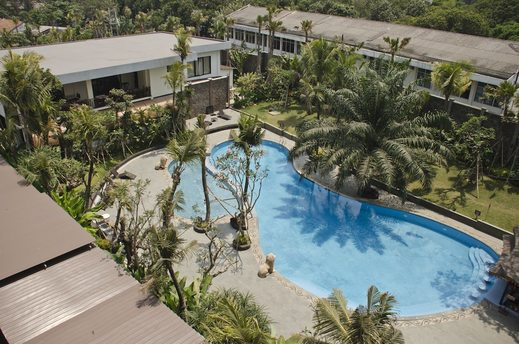 Ijen Suites Hotel Malang - Outdoor Pool