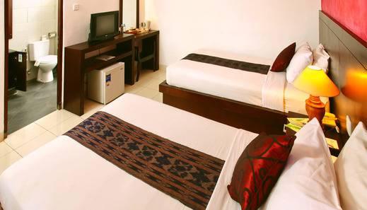 Puri Sading Hotel Bali - Deluxe Garden view Room