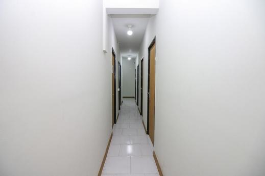 Airy Eco Syariah Bandara Soekarno Hatta Taman Mahkota 7 Tangerang - Interior