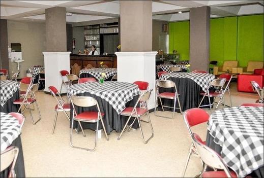 Terra Cassa Hotel Semarang - Restaurant